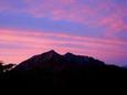 08.夕日で幻想的な鹿島槍ヶ岳