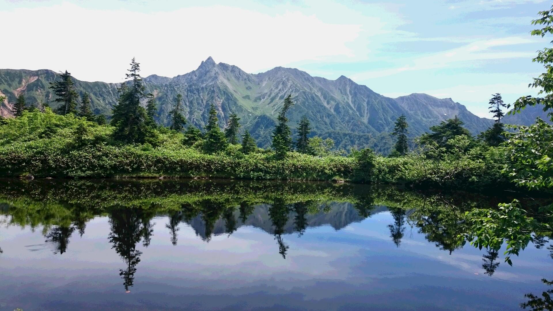 北アルプス初日、鏡池です